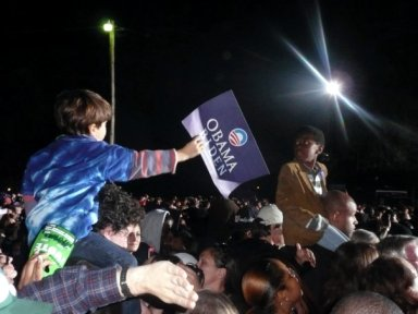 real boys share obama sign 2